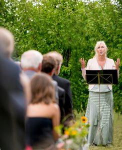 Und ... Action - Freie Traurednerin Katja Nörenberg - Julia Vogel Photography